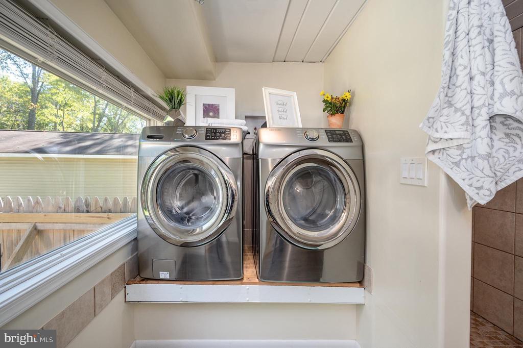 Laundry Area - 7019 SIGNAL HILL RD, MANASSAS