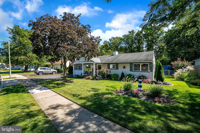 Single Family Homes für Verkauf beim Fairless Hills, Pennsylvanien 19030 Vereinigte Staaten