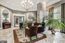 Grand Lobby with Front Desk Reception - 851 N GLEBE RD #1117, ARLINGTON