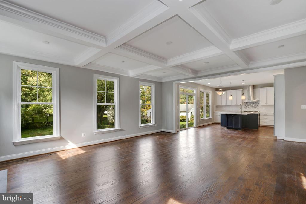 Great Room showing coffered ceiling - 3414 BURROWS AVE, FAIRFAX