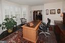 Office with optional walk in bay window - 7614 CHESTNUT ST, MANASSAS