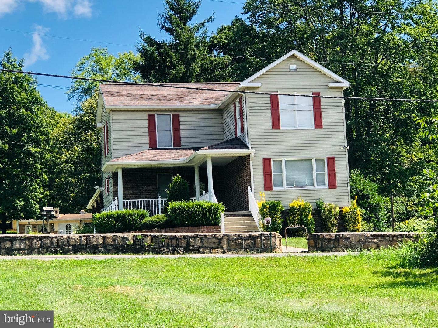 Single Family Homes للـ Sale في Barton, Maryland 21521 United States