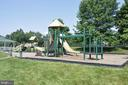 One of many tot lots in Ashburn Farm - 43207 SUMMITHILL CT, ASHBURN