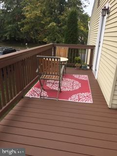Side Deck - 704 MORNINGSIDE CT, HERNDON
