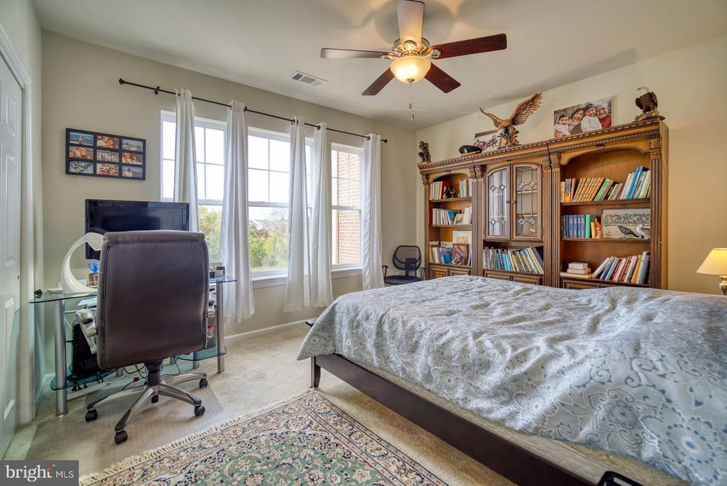 Large Second Bedroom with Lots of Light - 20590 HOPE SPRING TER #207, ASHBURN