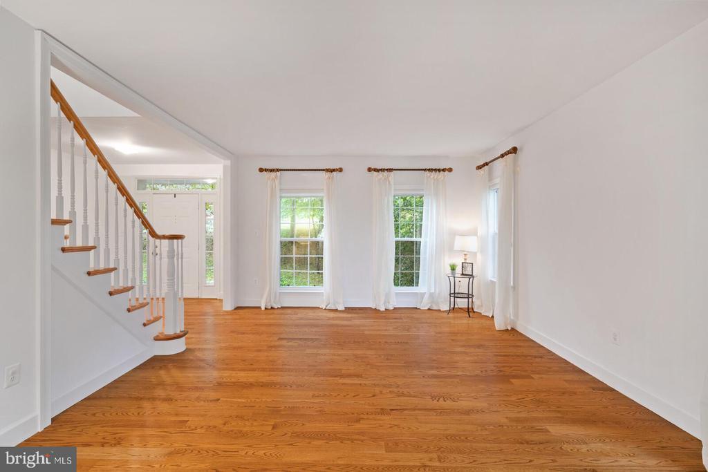 Formal Living Room - 11644 SANDAL WOOD LN, MANASSAS