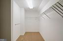 Walk In Closet - 11644 SANDAL WOOD LN, MANASSAS
