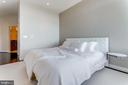 Spacious primary bedroom w/ large walk-in closet - 8220 CRESTWOOD HEIGHTS DR #1916, MCLEAN