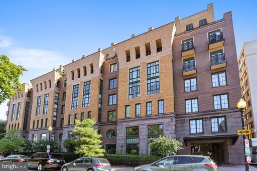 910 M ST NW #802