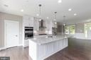 Gourmet kitchen. - 6762 W LAKERIDGE, NEW MARKET