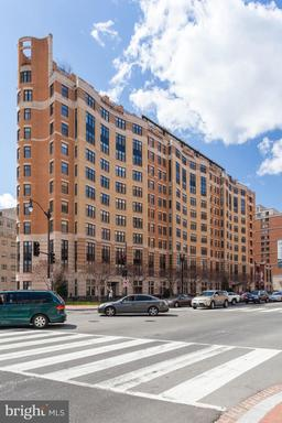 400 MASSACHUSETTS AVE NW #1007