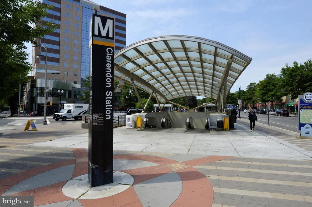 Walk to Metro - 46 N BEDFORD ST #46B, ARLINGTON