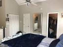 Private bath and walk-in closet - 46 N BEDFORD ST #46B, ARLINGTON