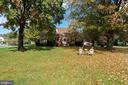Beautiful home west end of town on over one acre - 821 W MAIN ST, PURCELLVILLE