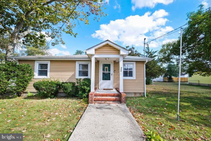 Single Family Homes pour l Vente à Beachwood, New Jersey 08722 États-Unis