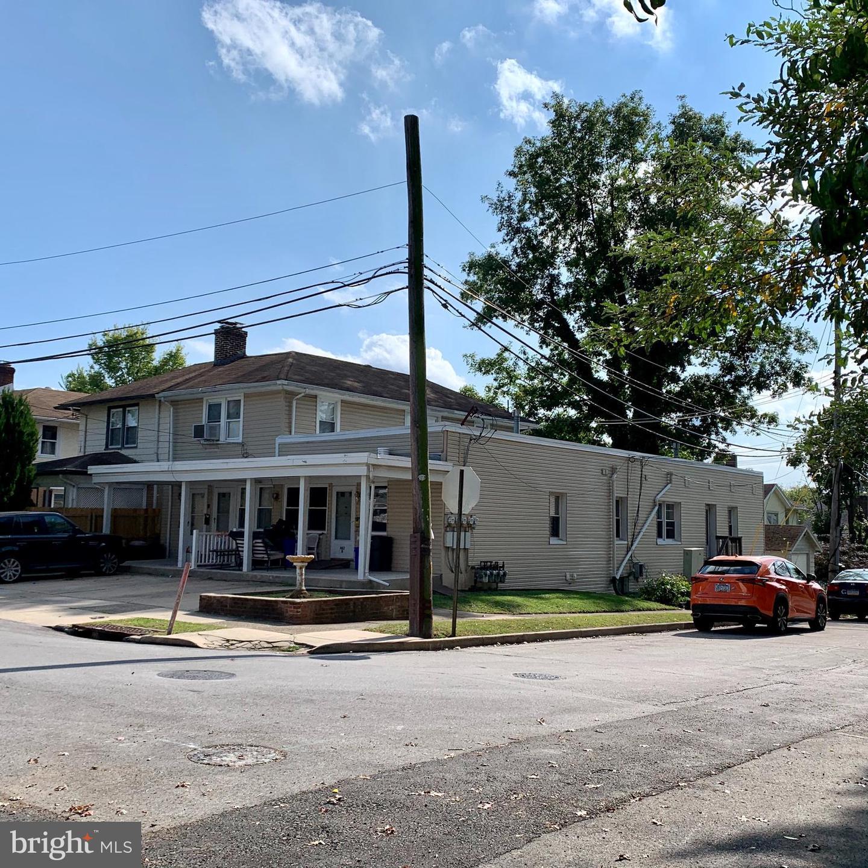 Разнобразная частная недвижимость для того Продажа на Drexel Hill, Пенсильвания 19026 Соединенные Штаты