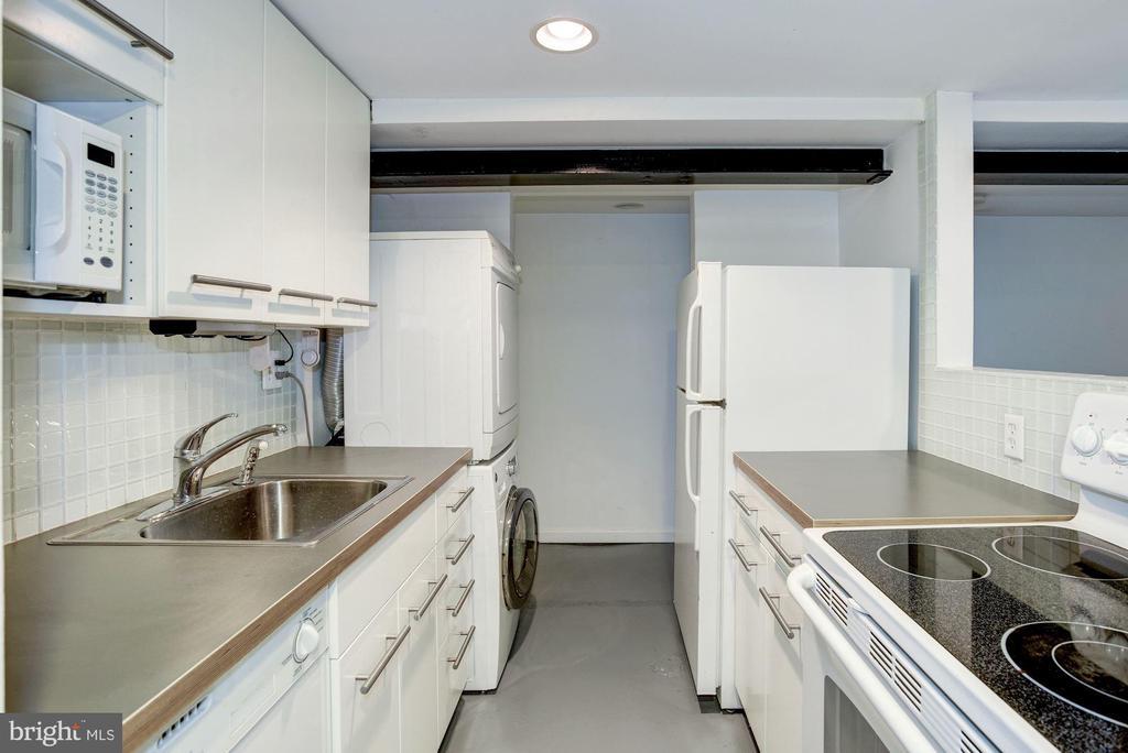 Lower Level Apartment - 1928 15TH ST NW, WASHINGTON