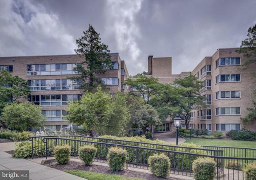 6445 LUZON AVE NW #512