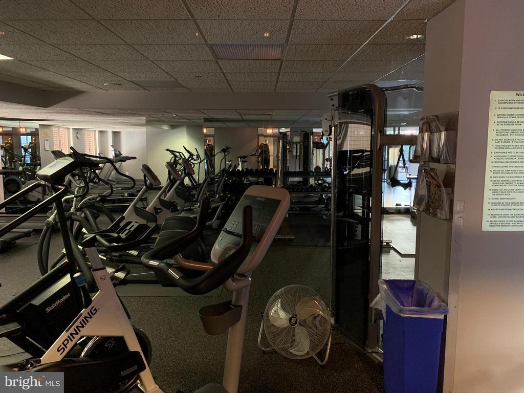 Gym - 1276 N WAYNE ST #308, ARLINGTON