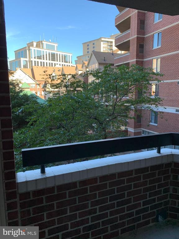 View - 1276 N WAYNE ST #308, ARLINGTON