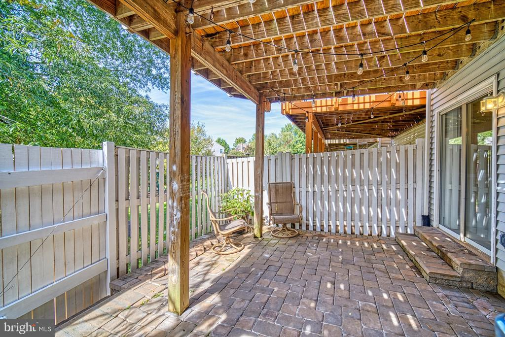 Fenced Patio for Privacy - 14794 TRUITT FARM DR, CENTREVILLE