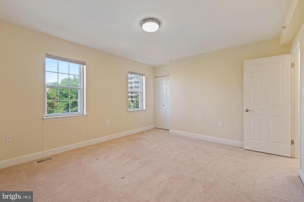 Bedroom - 3800 PORTER ST NW #302, WASHINGTON