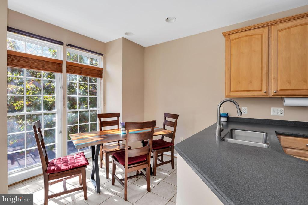 Morning Coffee couldn't be better at this eat-in - 4125 FAIRFAX CENTER CREEK DR, FAIRFAX