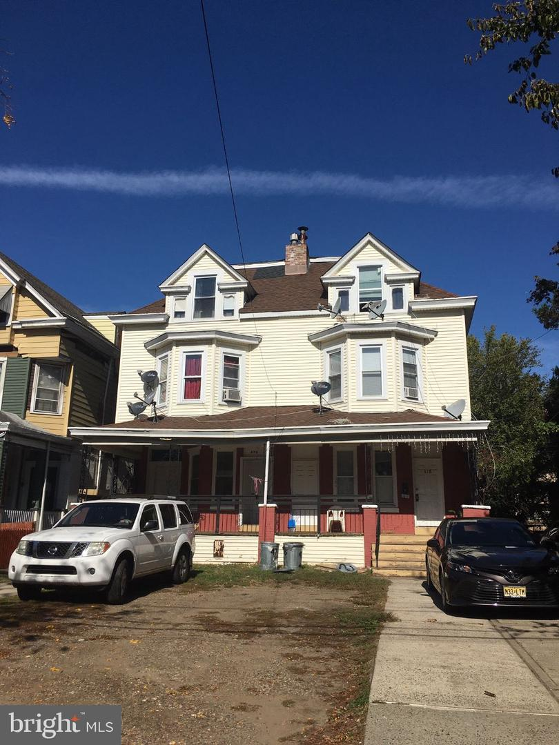 Single Family Homes for Sale at Trenton, New Jersey 08609 United States
