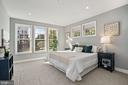 Owner's bedroom with corner exposure - 1418 N RHODES ST #B113, ARLINGTON