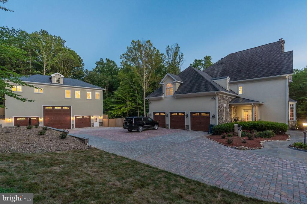 - 12792 YATES FORD RD, CLIFTON