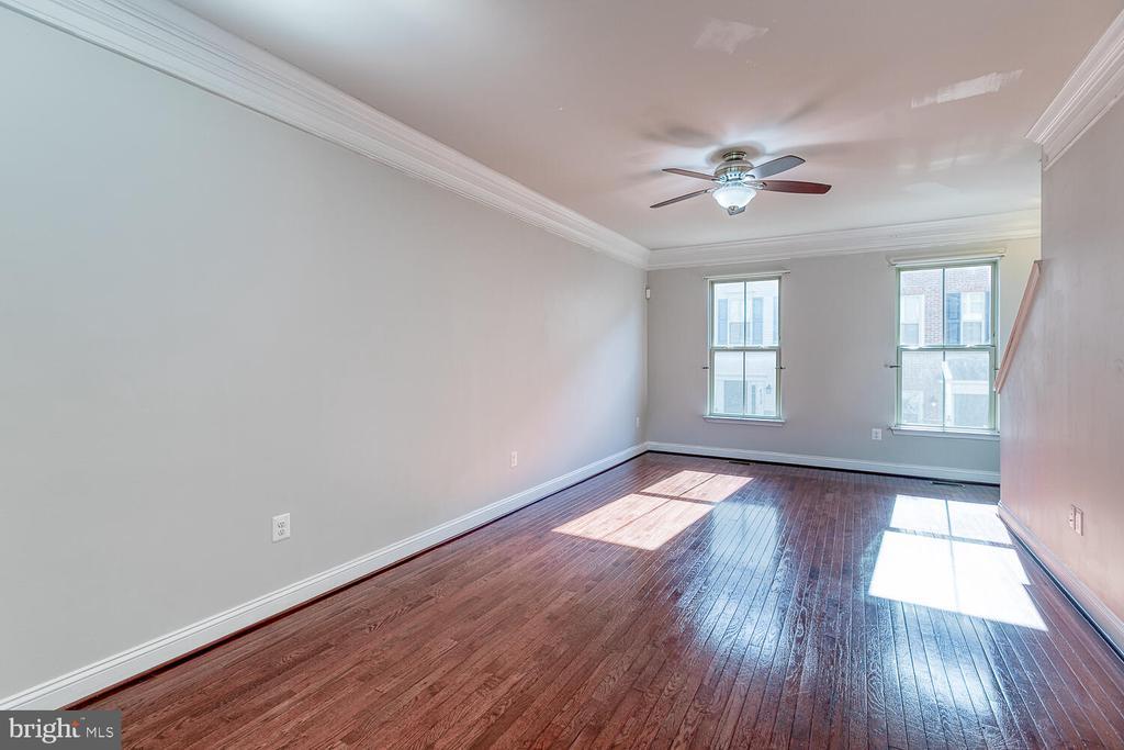 Main level with hardwood floors - 4530 POTOMAC HIGHLANDS CIR, TRIANGLE