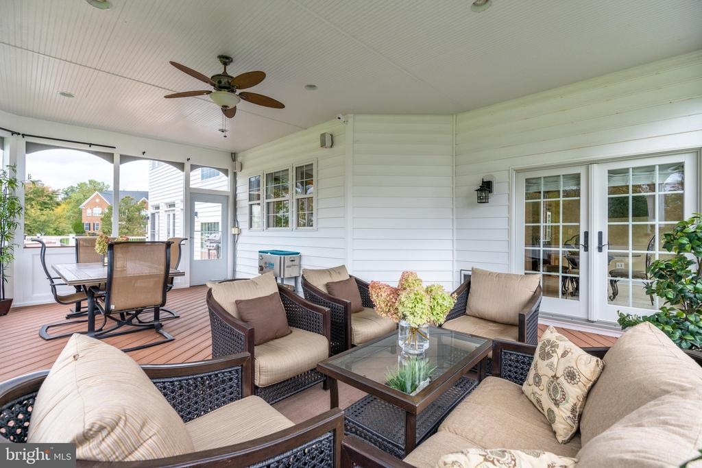 ML - Screened Porch - 42917 VIA VENETO WAY, ASHBURN