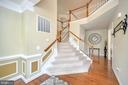 GRAND STAIRCASE! - 5316 AUSTRA PL, WOODBRIDGE
