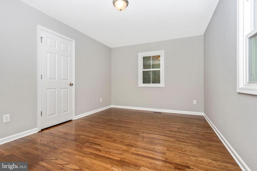 Bedroom 2 - 2575 THOMPSON DR, MARRIOTTSVILLE