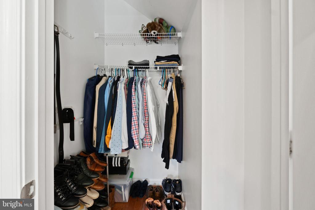 Walk- In  Closet - 42453 ROCKROSE SQ, BRAMBLETON