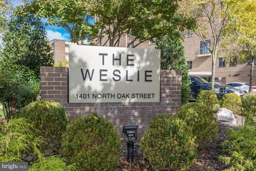 The Weslie - 1401 N OAK ST #608, ARLINGTON
