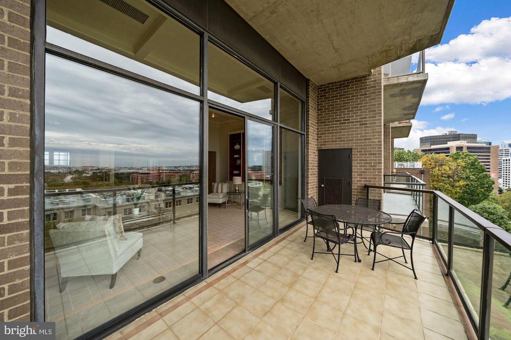 Balcony - 1401 N OAK ST #608, ARLINGTON