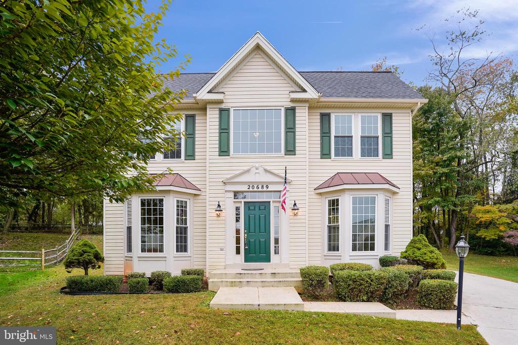 20689 Carnwood Court....Welcome Home! - 20689 CARNWOOD CT, STERLING