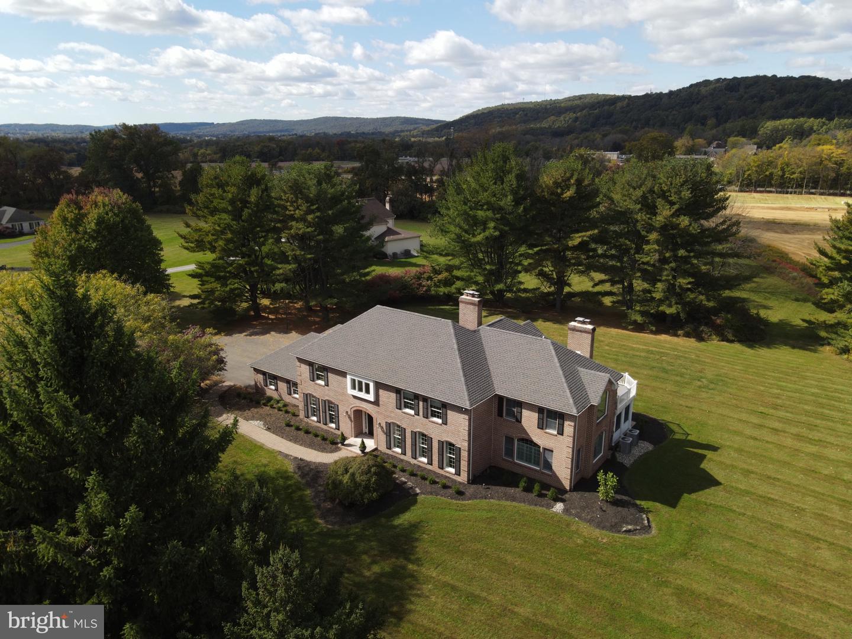 Single Family Homes für Verkauf beim Bethlehem, Pennsylvanien 18015 Vereinigte Staaten