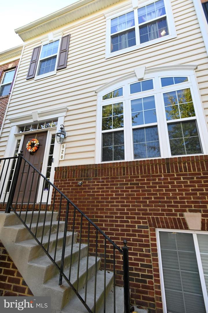 Single Family Homes 용 매매 에 Landover, 메릴랜드 20785 미국