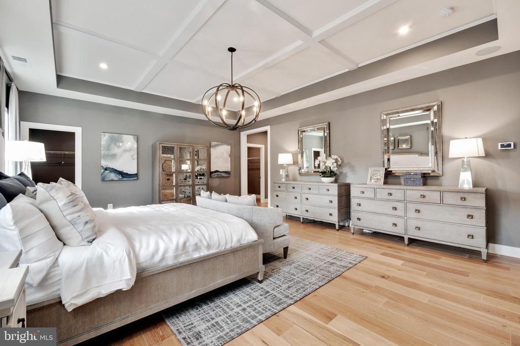 Beautiful hardwood floors - 600 W K ST, PURCELLVILLE