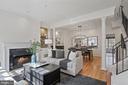 Trim, hardwood floors and light - 1174 N VERNON ST, ARLINGTON