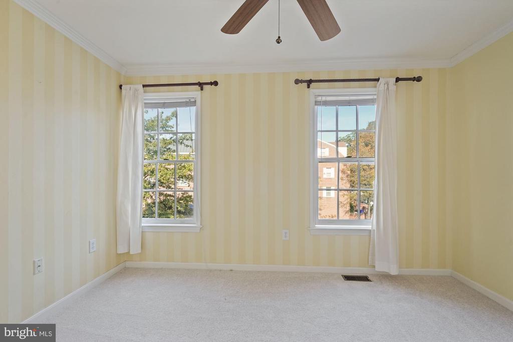 2nd bedroom - 1174 N VERNON ST, ARLINGTON