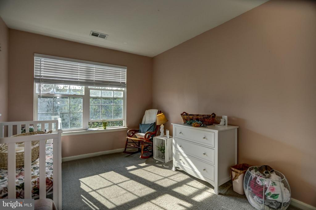 Bedroom 3- upper level - 7700 DUNEIDEN LN, MANASSAS