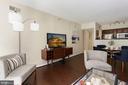 Living Room - Open Concept Floor Plan! - 1001 N RANDOLPH ST #214, ARLINGTON