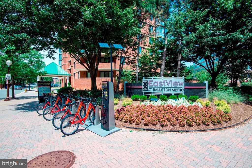 Capital Bike Share is Located Right Outside Bldg! - 1001 N RANDOLPH ST #214, ARLINGTON