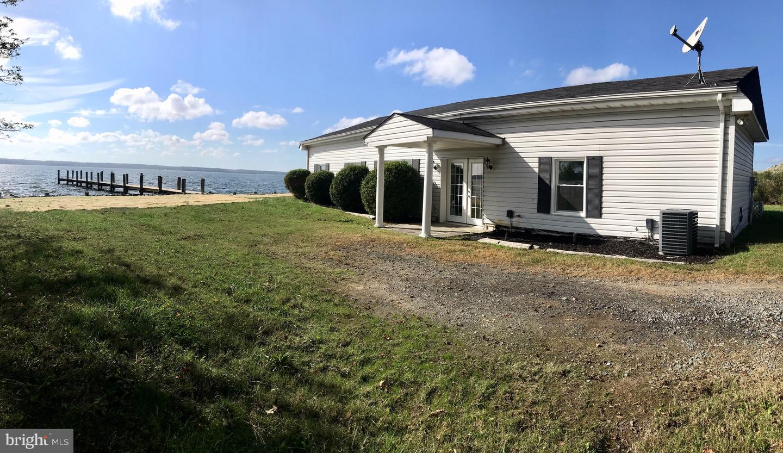 Single Family Homes pour l Vente à Broomes Island, Maryland 20615 États-Unis