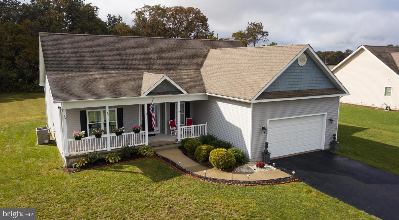 Single Family Homes para Venda às Ellendale, Delaware 19941 Estados Unidos
