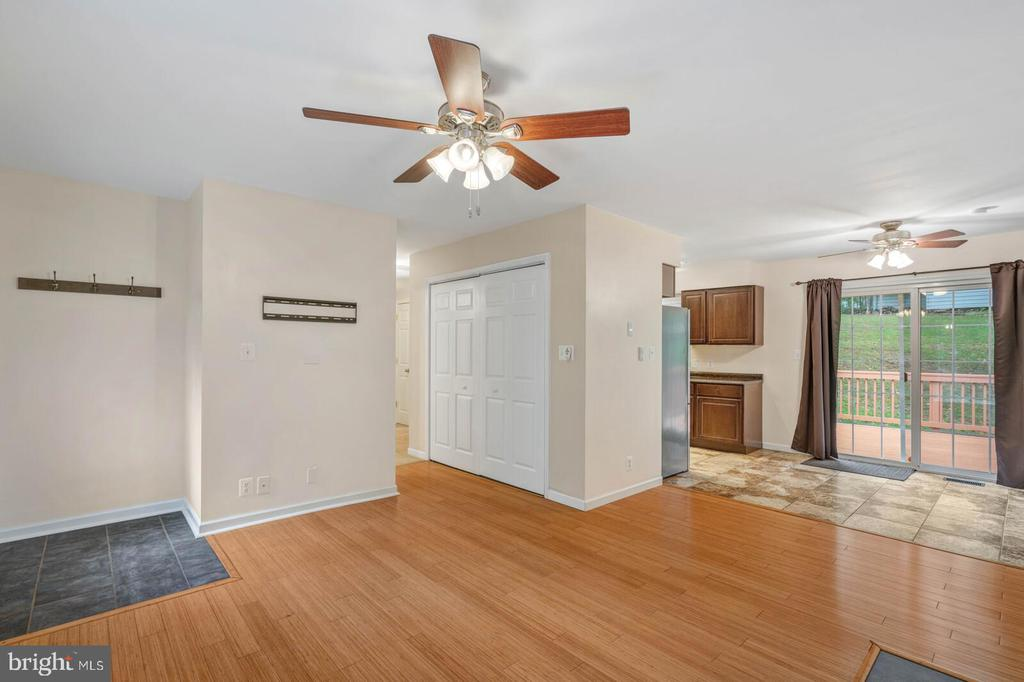 Ceiling fans throughout - 6 RUBY DR, STAFFORD