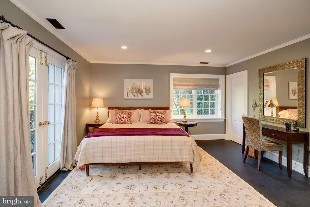 Lower Level Bedroom - 1201 TOWLSTON RD, GREAT FALLS